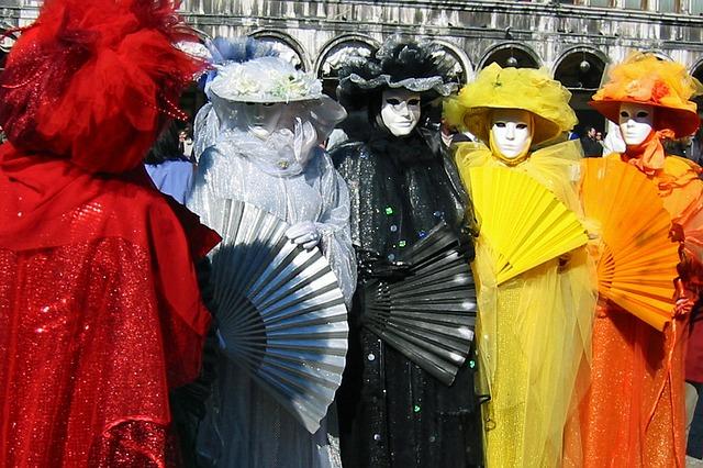 carnival-457678_640
