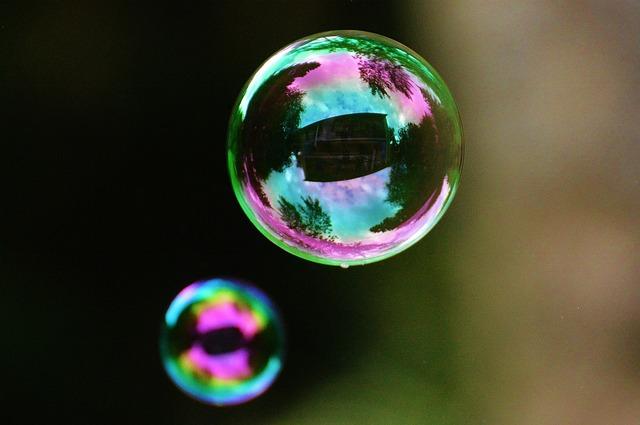 soap-bubbles-817098_640.jpg