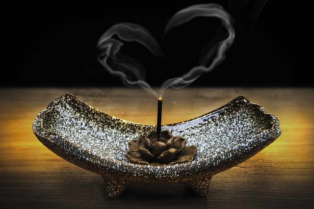 incense-2042096_640.jpg