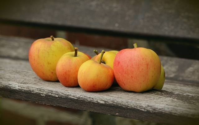 apple-1674619_640.jpg