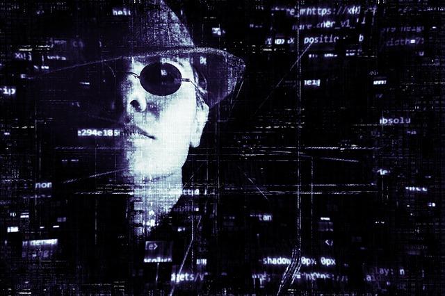 hacker-2077138_640.jpg