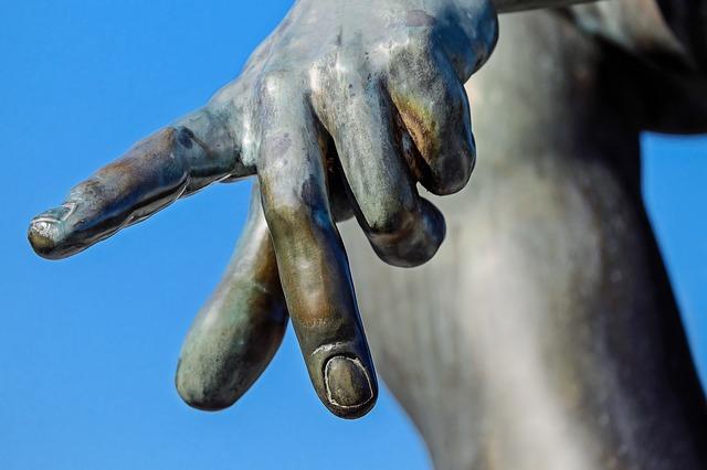 finger-1697331_640.jpg