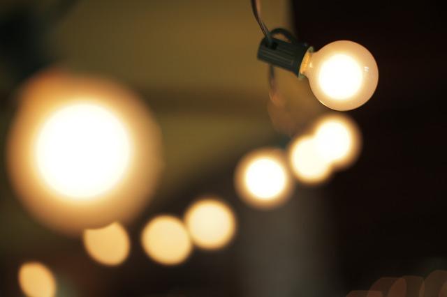 light-677062_640.jpg