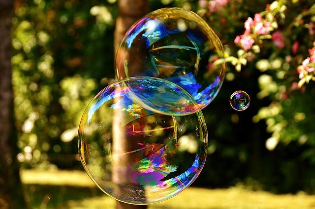soap-bubble-2403673_640.jpg