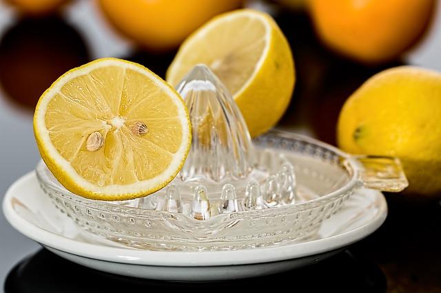 lemon-squeezer-609273_640.jpg