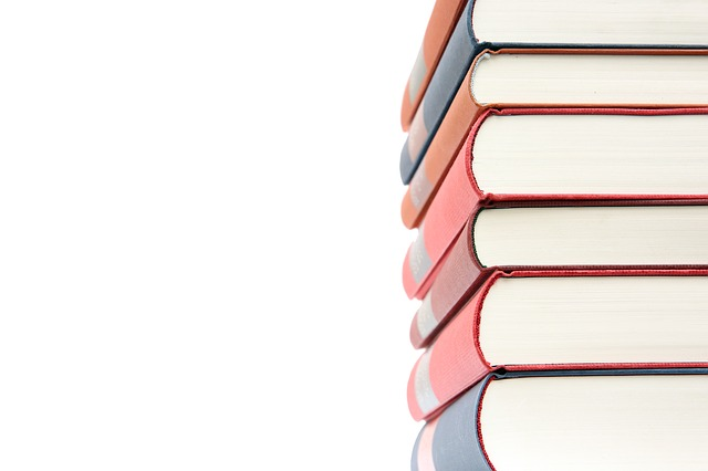books-484766_640.jpg