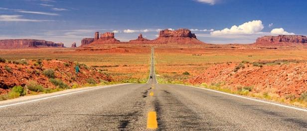 road-1127714_640.jpg
