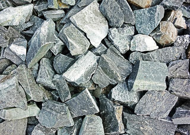 stones-606590_640.jpg