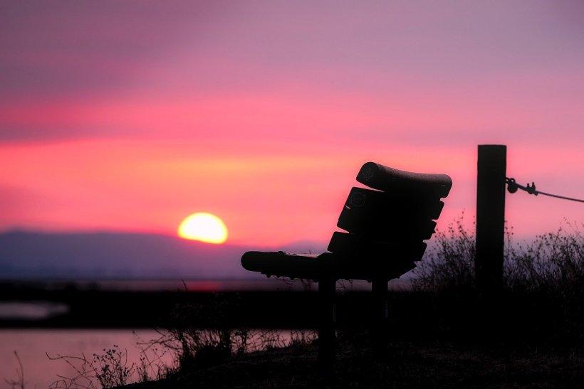 sunset-1933557_1280.jpg